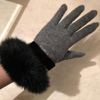 フルラ(Furla)の新品 FURLA リアルファー手袋(手袋)