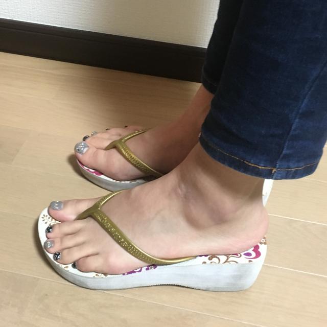 havaianas(ハワイアナス)のハワイアナス 厚底ビーチサンダル 24サイズ   37 レディースの靴/シューズ(ビーチサンダル)の商品写真