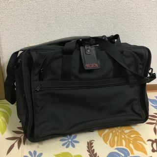 トゥミ(TUMI)の美品★TUMI トラベルバッグ  スーツ収納可  2677D3 (トラベルバッグ/スーツケース)