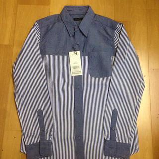 メンズビギ(MEN'S BIGI)の新品タグ付き☆ メンズビギ ブルーデザインシャツ(シャツ)