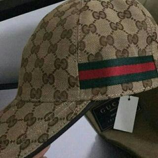 Gucci - Gucci 男女兼用 キャンバス ベースボール キャップ