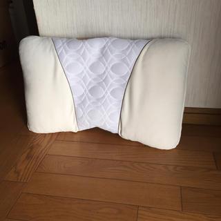 シャルレ(シャルレ)のシャルレ枕ラクラク快眠高さ調整ができます(枕)