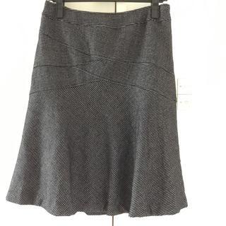 グラスライン(Glass Line)のGlassLine 11号 膝丈デザインスカート 美品(ひざ丈スカート)