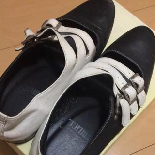 アンビリカル(UNBILICAL)のUNBILICAL(アンビリカル)の三連ベルト(ローファー/革靴)