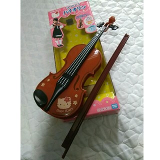 サンリオ(サンリオ)のハローキティ ひけちゃう バイオリン おもちゃ(楽器のおもちゃ)