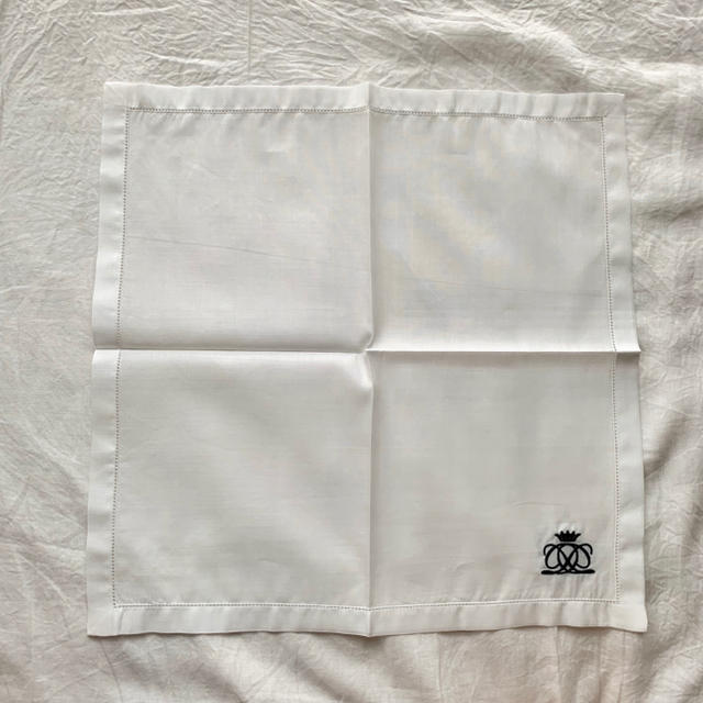 Drawer(ドゥロワー)のKawauso様専用☆Drawer☆非売品 ノベルティ ハンカチ レディースのファッション小物(ハンカチ)の商品写真