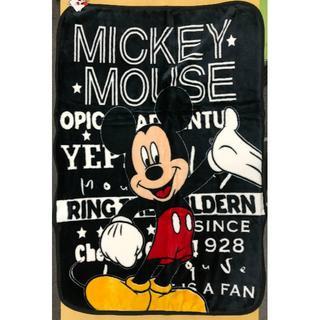 ディズニー(Disney)の【新品】ミッキーマウス マイヤー毛布 ハーフケット 約100×140cm(毛布)