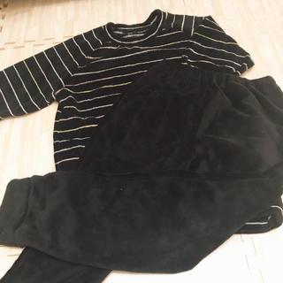 ジーユー(GU)の新品未使用 もこもこパジャマ(ルームウェア)