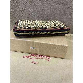 クリスチャンルブタン(Christian Louboutin)の美品 クリスチャンルブタン  ラウンドファスナー  スパイク  長財布(財布)