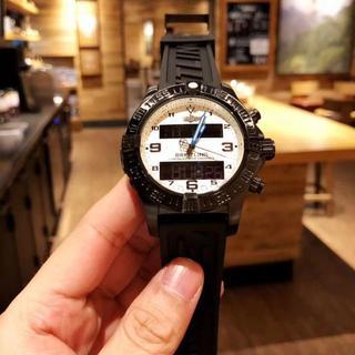 ブライトリング(BREITLING)の高級感 ブライトリング   メンズ ウォッチ腕時計  ホワイト(その他)