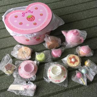 【新品】 マザーガーデン 木製おままごと カフェセット ※BOXに難あり(知育玩具)
