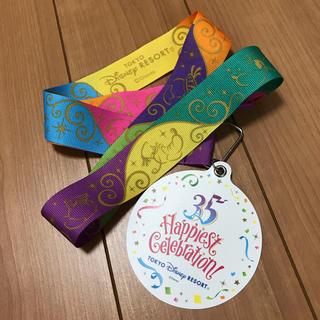 ディズニー(Disney)のディズニー 35周年 メダル ハピエストサプライズ(ノベルティグッズ)