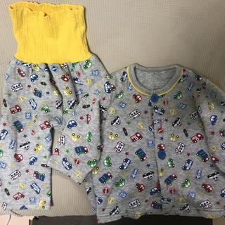 シマムラ(しまむら)のキルト生地パジャマ☆車柄80㎝(パジャマ)