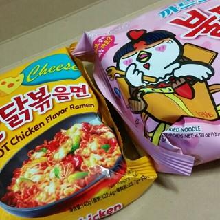 ブルタックポックンミョン!カルボナーラとチーズブルタック炒め麺!2袋セット!