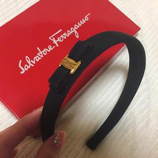 Salvatore Ferragamo - 【最終値下げ】未使用品 正規品 フェラガモ リボンカチューシャ ブラック
