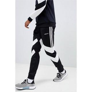 アディダス(adidas)の【Lサイズ】新品タグ付 adidas  ジョガーパンツ ブラック(その他)