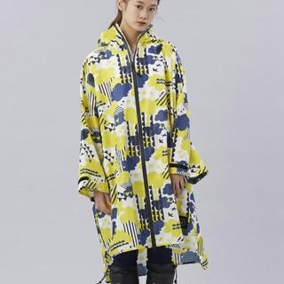 キウ(KiU)のkiu レインコート 2018 男女兼用 レインコート   新品タグ付き(レインコート)