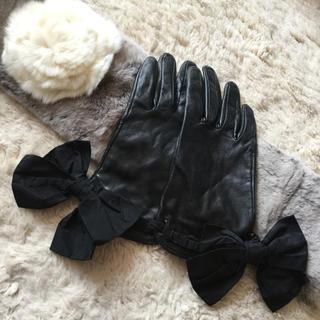 トゥービーシック(TO BE CHIC)のトゥービーシック  ビッグリボン  レザーグローブ  手袋(手袋)