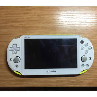 プレイステーションヴィータ(PlayStation Vita)のps vita ライムグリーン(携帯用ゲーム本体)