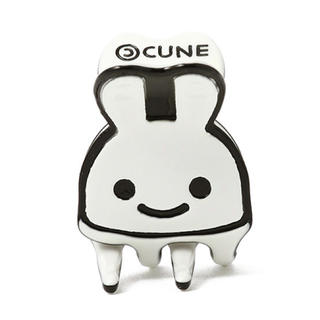 キューン(CUNE)のCUNEウサギヘアクリップ(小)(バレッタ/ヘアクリップ)