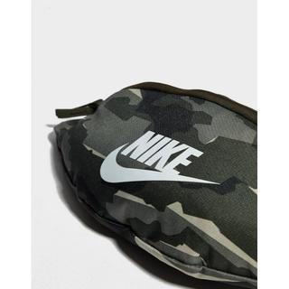 ナイキ(NIKE)の今流行!Nike(ナイキ) ポシェット ボディバッグ 肩掛け 迷彩(ウエストポーチ)