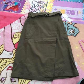 ジーユー(GU)のGU ラップスカート(ひざ丈スカート)