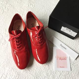 レペット(repetto)の新品☆repetto レペット☆ZIZI ジジ 赤 エナメル パテントレザー (ローファー/革靴)