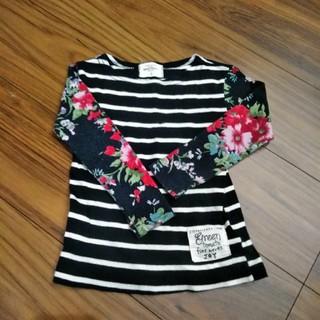 グリーントマト(GREEN TOMATO)のボーダー×花柄Tシャツ サイズ110(Tシャツ/カットソー)