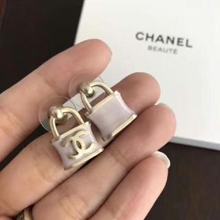 CHANEL - 人気 CHANEL ピアス