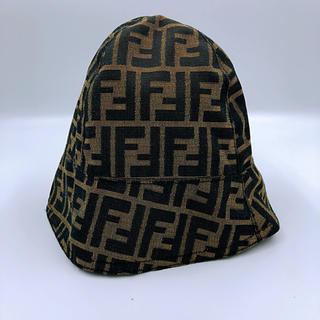 フェンディ(FENDI)のフェンディ ズッカ柄 ギャップ ナイロン 帽子(ニット帽/ビーニー)