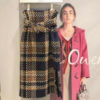ミラオーウェン(Mila Owen)の【美品】Mila Owen ベルト付きタイトスカート(ひざ丈スカート)