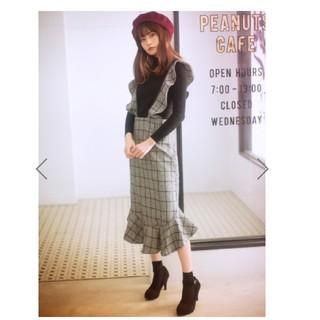 グレイル(GRL)のチェックフリルデザインジャンパースカート(ひざ丈ワンピース)