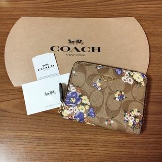 コーチ(COACH)の新品未使用 最新モデル COACH 二つ折り財布 人気 フローラル シグネチャー(財布)