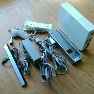 ウィー(Wii)のwii 本体セット(家庭用ゲーム本体)