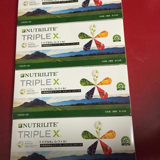 アムウェイ(Amway)の4個、入荷したばかりのアムウェイの新トリプルXレフィル  新品 。28800円(ビタミン)