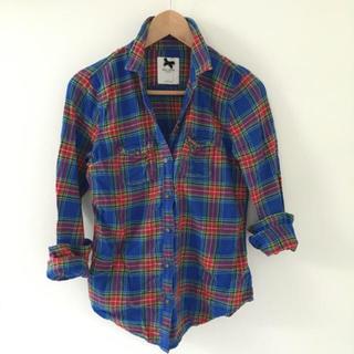 ギリーヒックス(Gilly Hicks)の🇺🇸ギリーヒックス チェックシャツ(シャツ/ブラウス(長袖/七分))