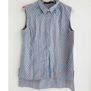 アーキ(archi)のarchi  ノースリーブシャツ  アーキ(シャツ/ブラウス(半袖/袖なし))