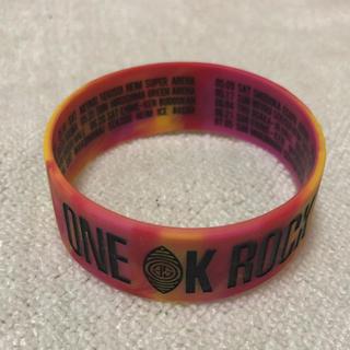 ワンオクロック(ONE OK ROCK)のONE OK ROCK xxxvツアー ラバーバンド(ミュージシャン)