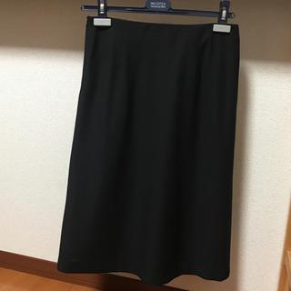 インコテックス(INCOTEX)のINCOTEX 黒スカート(ひざ丈スカート)