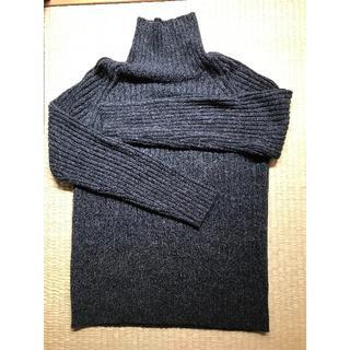ジーユー(GU)のタートルネックセーター(ニット/セーター)