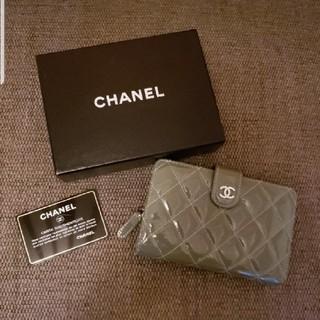 CHANEL - CHANELエナメル財布