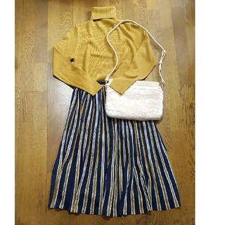 しまむら - 最終値下げ!新品♡ハイネックリブニット♡しまむら・プリーツスカート♡セット
