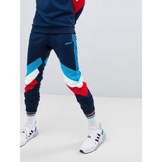 アディダス(adidas)の【Lサイズ】新品タグ付 adidas Palmerston ジョガーパンツ(その他)