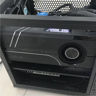 エイスース(ASUS)のASUS TURBO GeFore GTX1070ti 8GB(PCパーツ)