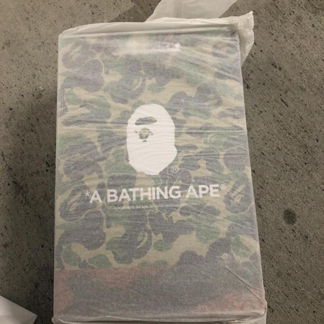 A BATHING APE(アベイシングエイプ)のREADYMADE A BATHING APE ベアブリック 400% 100% エンタメ/ホビーのフィギュア(その他)の商品写真