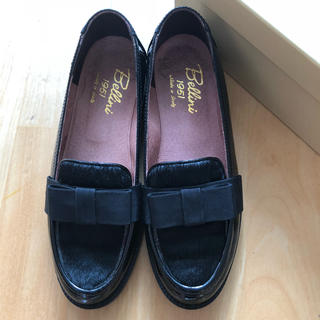 ディエゴベリーニ(DIEGO BELLINI)のDIEGO BELLINI  エナメル ハラコ ブラック ローファー サイズ37(ローファー/革靴)