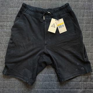 ナイキ(NIKE)のNIKE LAB ACG Fleece Shorts 黒 S ハーフパンツ(ショートパンツ)