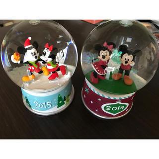 ディズニー(Disney)のミッキー&ミニー クリスマススノードーム 2個セット(置物)