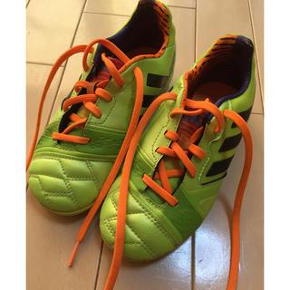 adidas - adidas 子供用 サッカートレーニングシューズ(外履き)