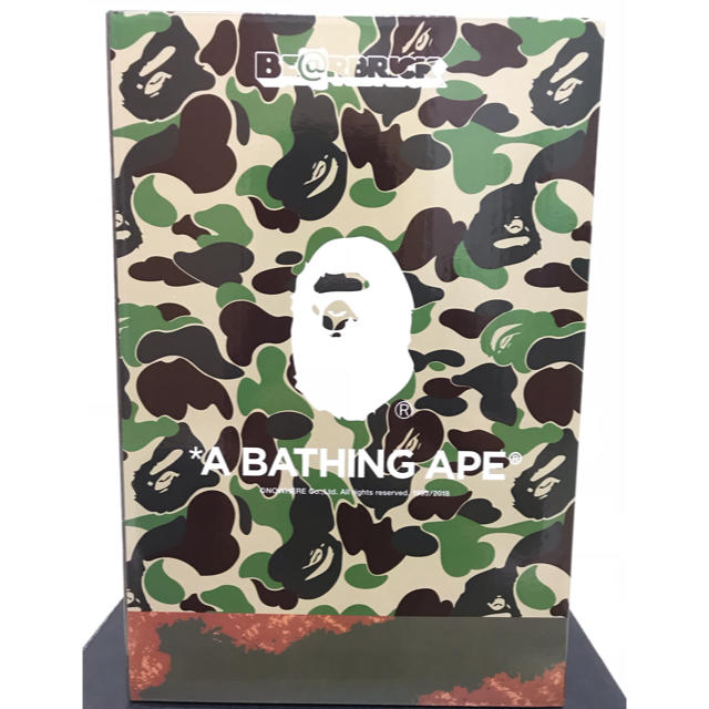 A BATHING APE(アベイシングエイプ)のBE@RBRICK READYMADE x A BATHING APE 400% エンタメ/ホビーのフィギュア(その他)の商品写真